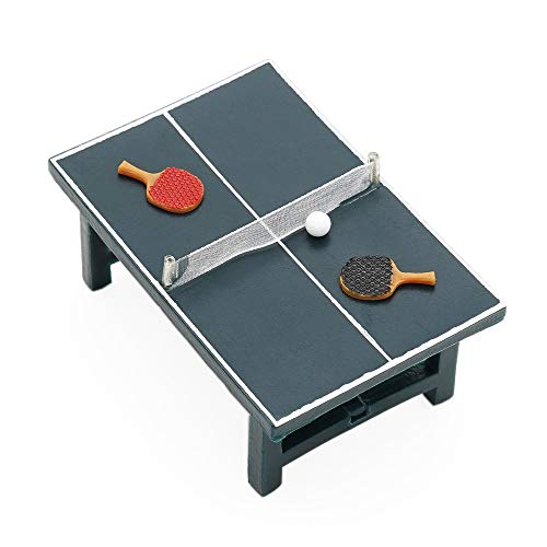 A ping pong table needs to have a uniformly dark color with a white line